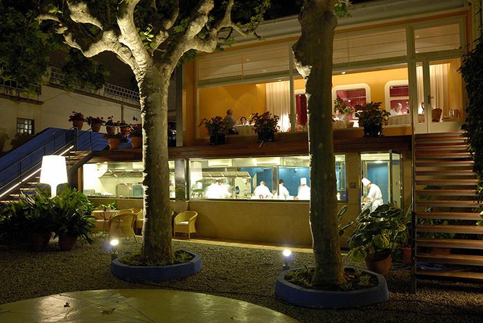Ресторан с 3 звездами Мишлен в Барселоне (Sant Pau)