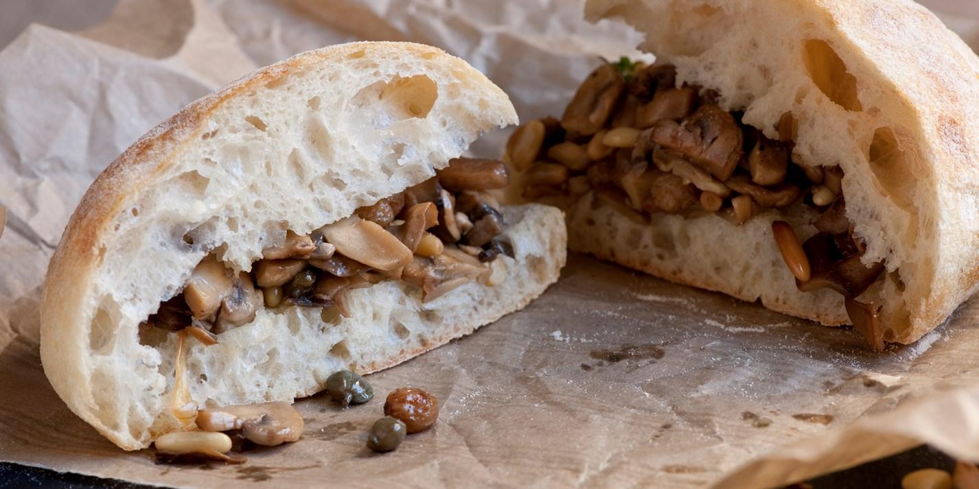 Вегетарианский сэндвич с грибами