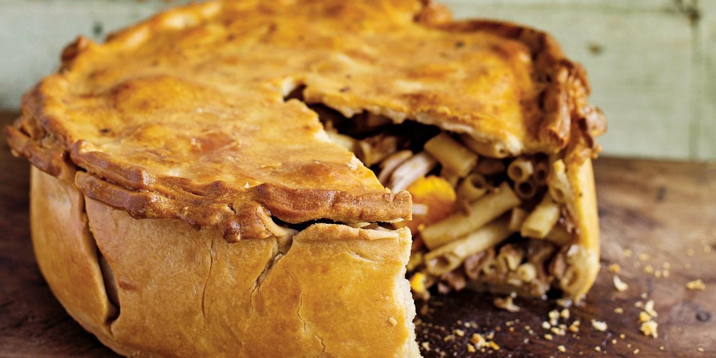 Тимбаль дель Гаттопардо – мясной пирог с макаронами